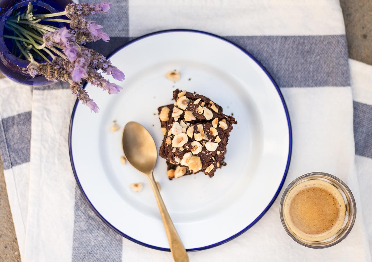 wegańskie brownie orzechowe deser