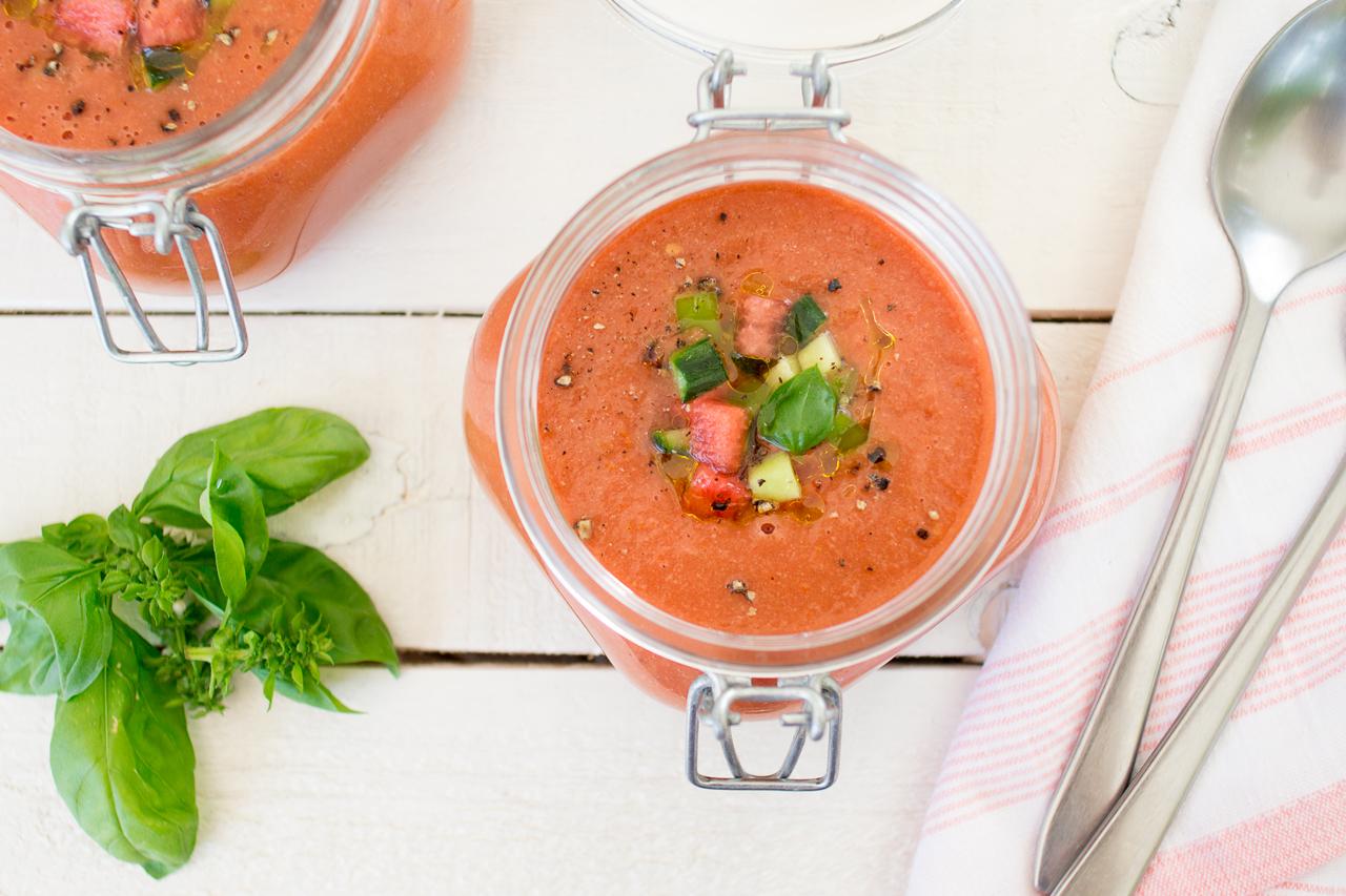 gazpacho z arbuzem z góry