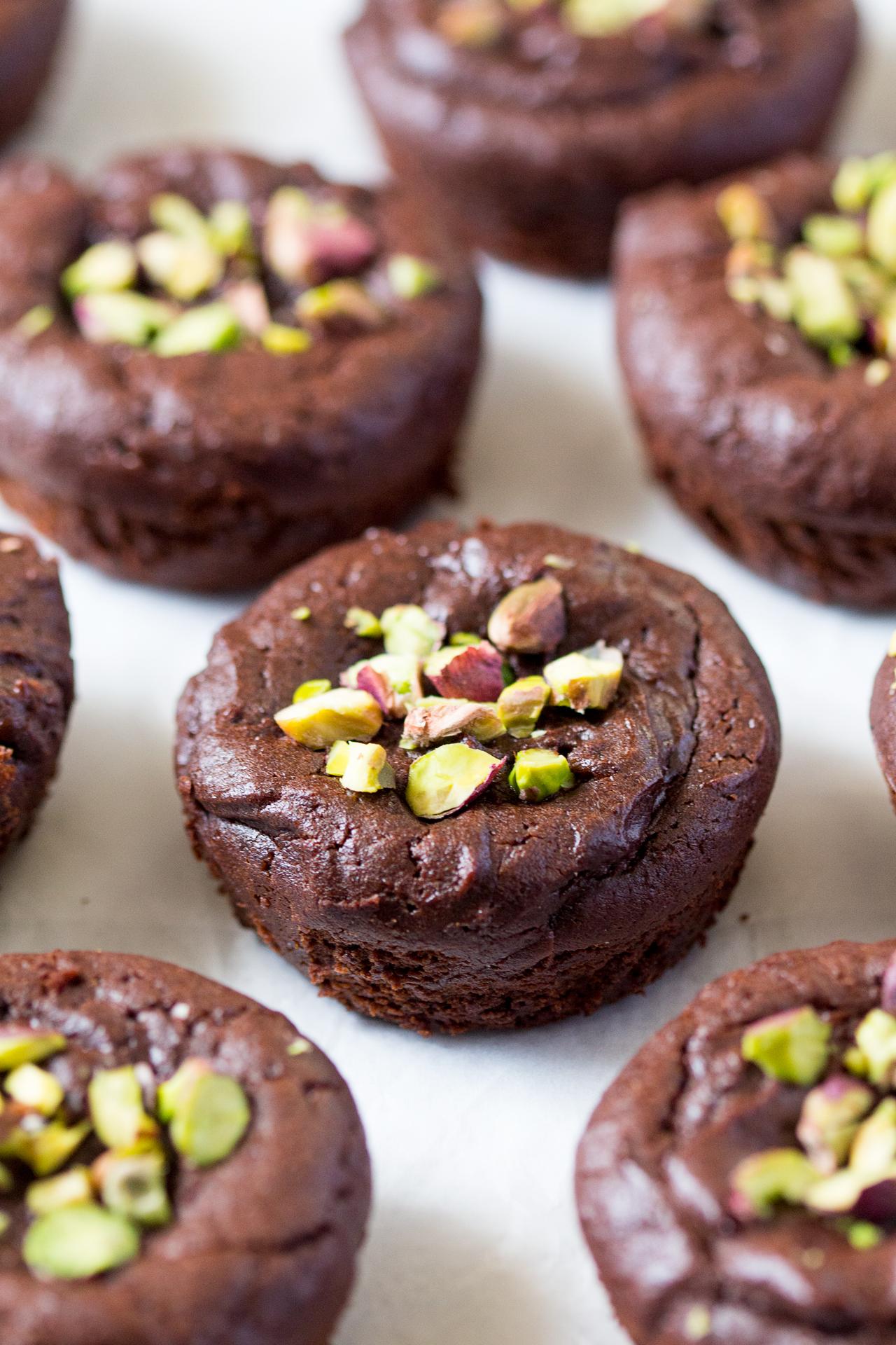 wegańskie mokre brownies upieczone