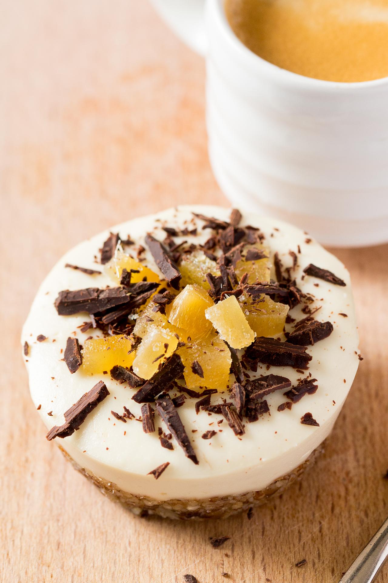 wegański serniczek imbirowy z kawą